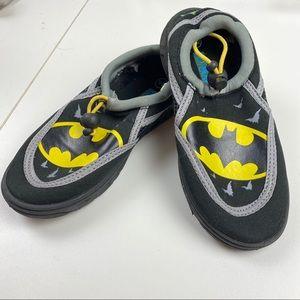 Boys Batman Water Shoes Sz 11/12